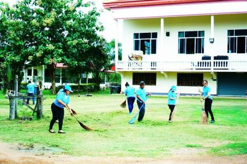 กปภ.สาขากบินทร์บุรี จัดกิจกรรม CSR ทำความสะอาด กวาดบริเวณลานวัดและล้างห้องน้ำภายในวัด ณ วัดโคกสั้น